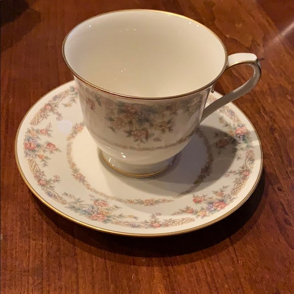 Footed Cup & Saucer Set Gallery by NORITAKE